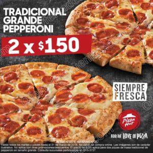 Pizza Hut: Dos Pizzas grandes de Peperoni por $150 todos los martes y jueves